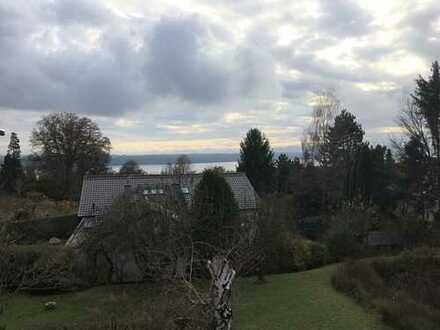 Herrliches Grundstück mit Altbestand und kleinem See- und Bergblick