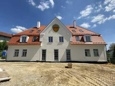 RESERVIERT  Schöne geräumige 3-Zimmer Wohnung im denkmalgeschützten Haus in Tandern, Münchner Norden