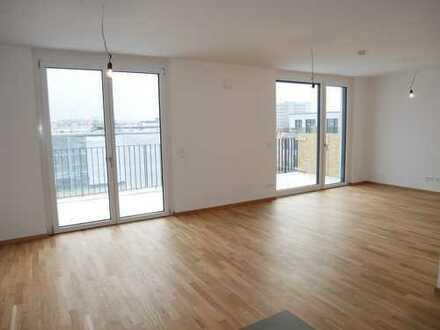 Erstbezug! Helle, moderne 4-Zimmer Wohnung in Citynähe (sonnige Dachterrasse, 3.OG, Lift, TG)