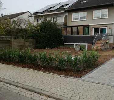 Ideal für Pendler und Familien: 5 Zi, Terrasse, Garten, Garage, Bahnhof u. Kindergarten nahebei