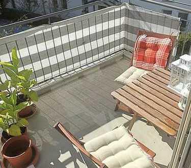 Schöne möblierte 2-Zimmer-Wohnung mit Süd-West-Balkon in Garching