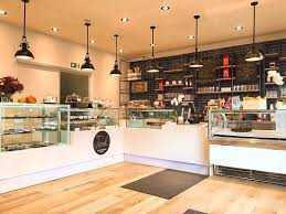 Bäckerei mit Kaffeteria und Eisdiele gegen Gebot zum Verkauf