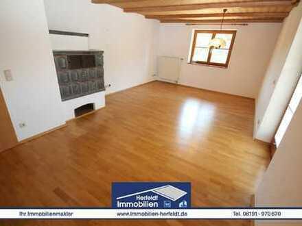 Traumhaftes Landhaus mit zwei Wohnungen, ideal für 2 Generationen südlich von Landsberg!