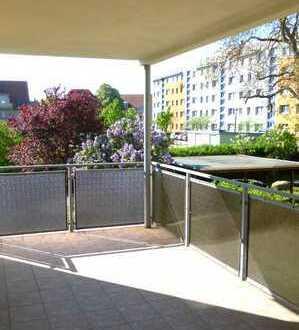 Traumhafte 2-Zimmer-Wohnung mit Balkon und Carport