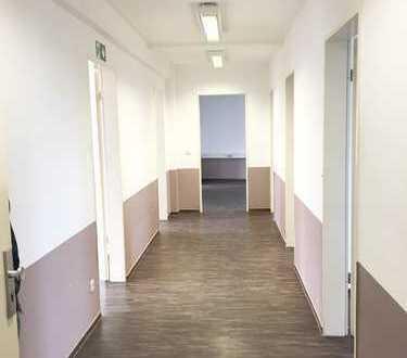*** großzügige moderne Büroflächen zentral am Jahnplatz ***