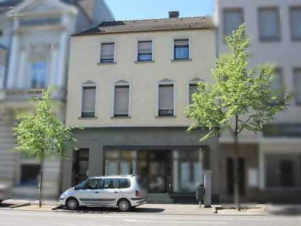 Wohn/Geschäftshaus direkt am Königswall, 3 1/2 -geschossig mit Unterkellerung.