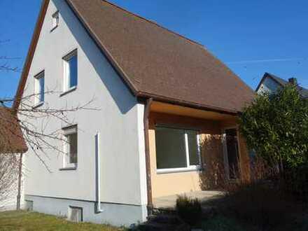 Freundliches 5-Zimmer-Einfamilienhaus in Landshut (alte Wolfgangssiedlung) sucht nette Mieter