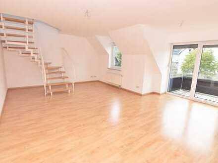 Maisonette-Wohnung mit Balkon und Gäste-WC auf dem Fischerberg in Hartenstein!