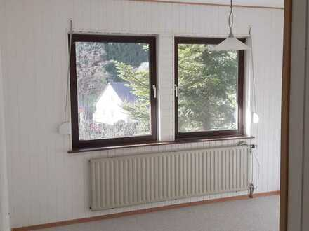 Attraktive 3-Zimmer-Terrassenwohnung und Einbauküche in Rottenburg-Obernau