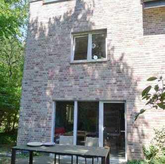 Besondere 4-Zimmer Eigentumswohnung im Reihenhausstil in Borken