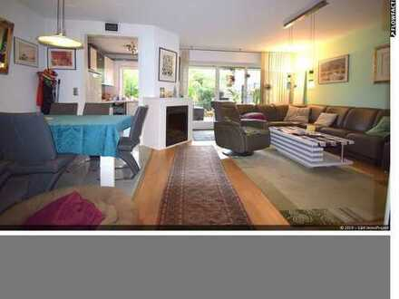 ! Bezugsfrei 2020 ! 2013 kernsanierte 5 Zimmer Wohnung in ruhiger Lage von Bonn-Roleber