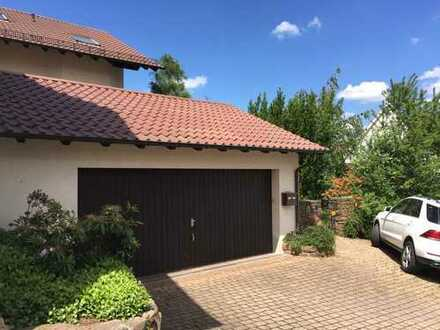 Haus mit Lebensqualität für die Familie, Ausblick und schönem Garten