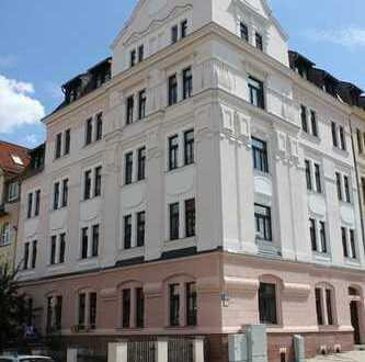 ++ 3 Raum 75 m² mit Balkon für Eigennutzer in der Ostvorstadt ++