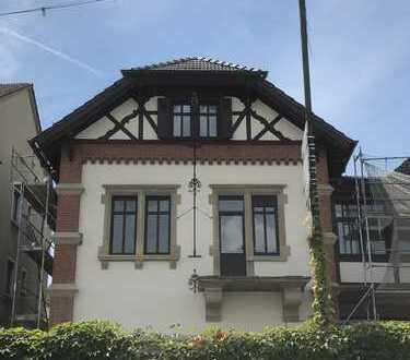 Erstbezug nach Sanierung: ansprechende 5-Zimmer-Wohnung mit Balkon in Nierstein