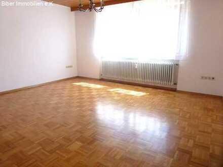 Einfache 2- Zi Altbau - Wohnung in Warthausen