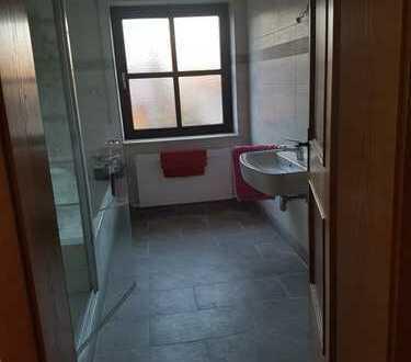 Schönes, geräumiges Haus mit sechs Zimmern in Langquaid, kreis Kelheim