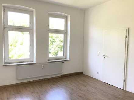 Helle Wohnung in ruhiger Lage komplett renoviert!