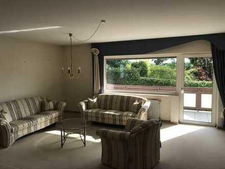 Gepflegte Wohnung mit drei Zimmern sowie Balkon und Einbauküche in Gelnhausen-Meerholz