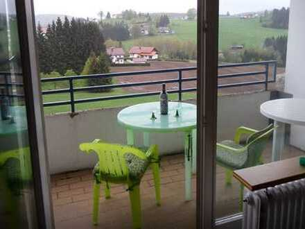 RESERVIERT! Möblierte und vermietete Wohnung mit Balkon und herrlichem Ausblick!