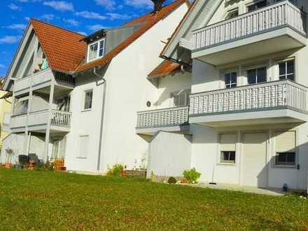 Gepflegte 3-Zimmer-EG-Wohnung mit Terrasse in Geisenhausen