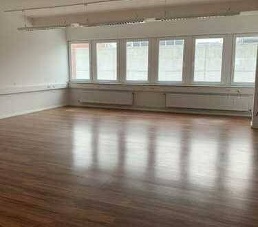 Büroflächen | 60 % vermietet | noch 2,5 Etage frei | Provisionsfrei