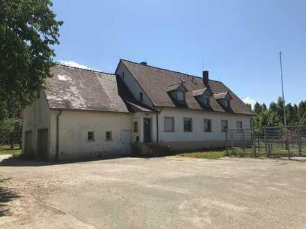 Haus mit Freizeitgelände direkt am Rhein zu verkaufen