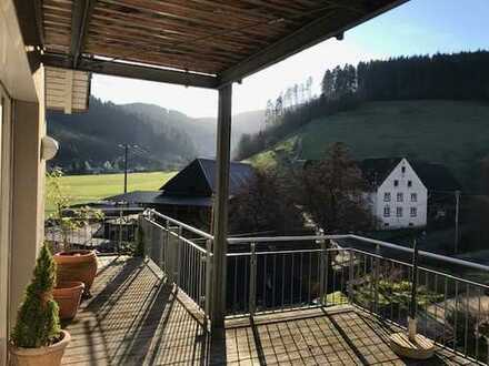 Haus-2-Täler-Blick mit fünf Zimmern in Freiburg-Kappel