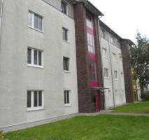 Potsdam! Stadtvilla im Grünen nahe dem Templiner See! Oberste Etage, Balkon,...!
