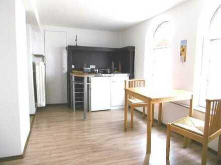 RESERVIERT - Schnuckelige 1,5 Zimmer Single-Wohnung im Dachgeschoß