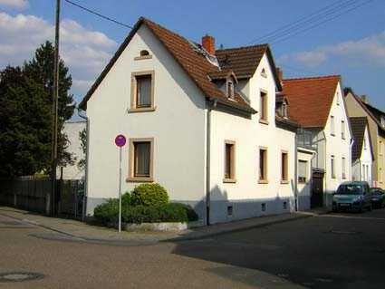 Charmantes Haus mit vier Zimmern in Frankfurt am Main, Harheim