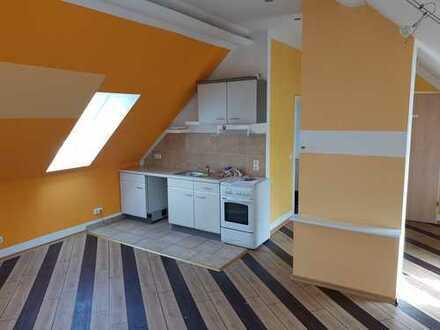 Gepflegte 1-Zimmer-DG-Wohnung mit EBK in Frankfurt (Oder) OT Booßen
