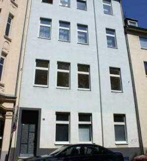 Köln - Mülheim! Helle 3-Zimmerwohnung mit Altbaucharakter mit Blick ins Grüne