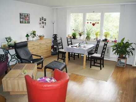 Century21: Schöne 4 Zimmer Wohnung in ruhiger Wohnlage