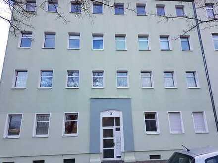 3Raum Wohnung mit Balkon Nähe Steintor sucht nette Mieter