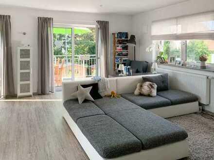 Sehr schöne und sehr praktische, neuwertige 3-Zimmer-Wohnung mit Balkon in Schwaig bei Nürnberg