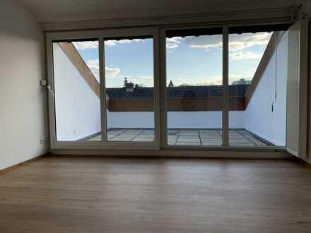 Sehr schöne 2,5-Zimmer-Dachgeschosswohnung