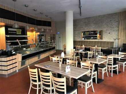 Möbliertes Café nahe Kasseler Innenstadt