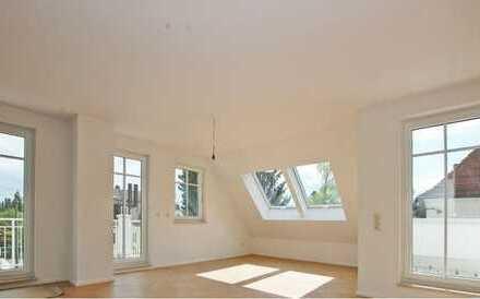 Helle, stilvolle Penthousewohnung mit 135 m² WFl und ca. 190 m² NFl, Terasse und 2 Balkonen