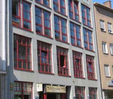 **Spitzen Lage**Lichtdurchflutete Büroräume im Zentrum von Augsburg*Nähe Fußgängerzone*