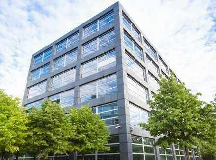 Bürogebäude mit 2.400 m2 Bürofläche 1.200 m2 auf einer Ebene