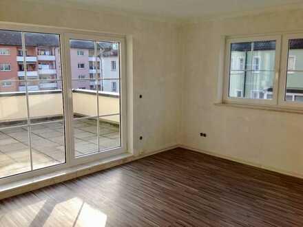 Große, sonnige, gepflegte 3 Zimmer Wohnung im Herzen der Zellerau - Terrasse