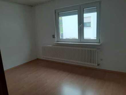 Saniertes Einfamilienhaus mit sechs Zimmern und EBK in Hochspeyer, Hochspeyer