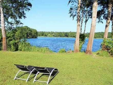 Elegante Villa am Glienicker See mit privatem Badestrand