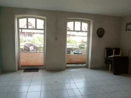 Neuwertige 2-Raum-Wohnung mit Balkon in Höxter