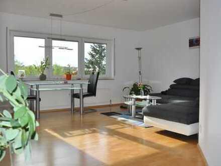 Vier Zimmer mit schöner Neckartal-Aussicht