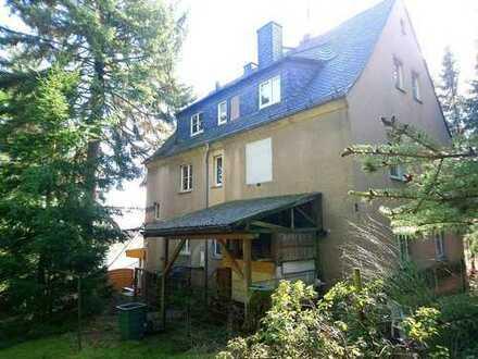 !! großes Einfamilienhaus auf ca. 3.400 m² gewachsenem Grundstück !!