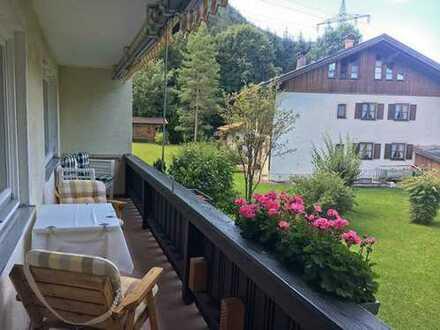 3-Zimmerwohnung in einem sehr gepflegten Haus mit großem Balkon, in guter Lage.