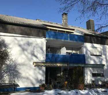 Modernisierte 3-Zimmer-Wohnung mit Balkon und EBK in der Buchenau