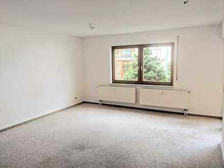 Gepflegte 2-Zimmer-Wohnung mit Balkon in Zschorlau
