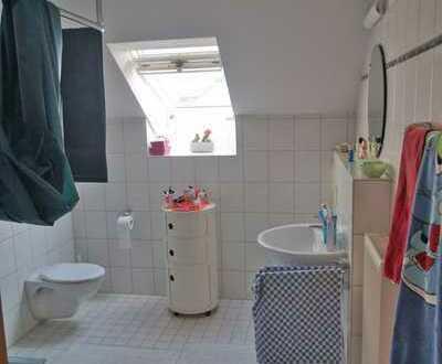 Schöne zwei Zimmer Wohnung in Bonn, Ückesdorf